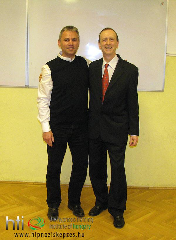 Fotó jobbról balra: John Butler és Pintér László